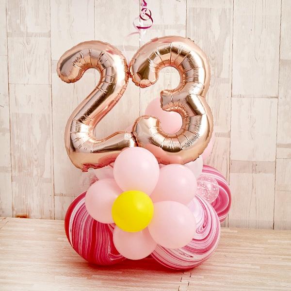 フラワーがちょこんと可愛いHappy birthdayバルーン[4]