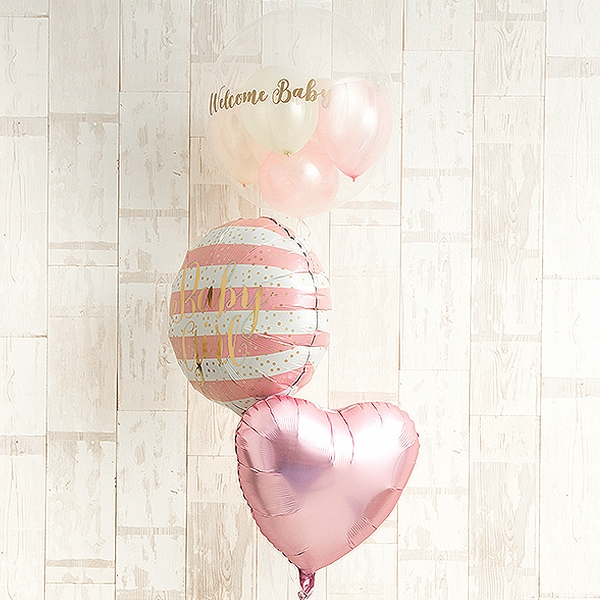 明るいピンクでWelcome Baby Girl